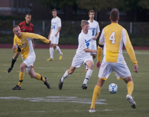 Yellow Jackets top Spartans 3-1 with second half-rally