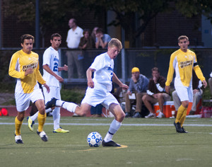 Men's soccer falls to No. 6 NYU 3-1 in UAA Opener