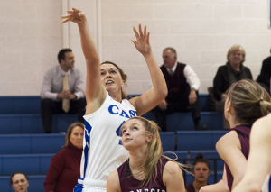 Women close out season with 88-73 win, most victories since 2002