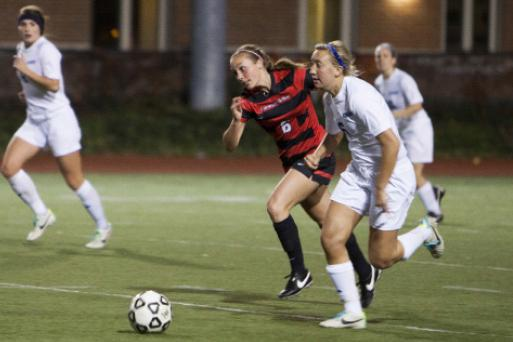 Anne Backlund rushes into the action versus Carnegie Mellon on Nov. 1.