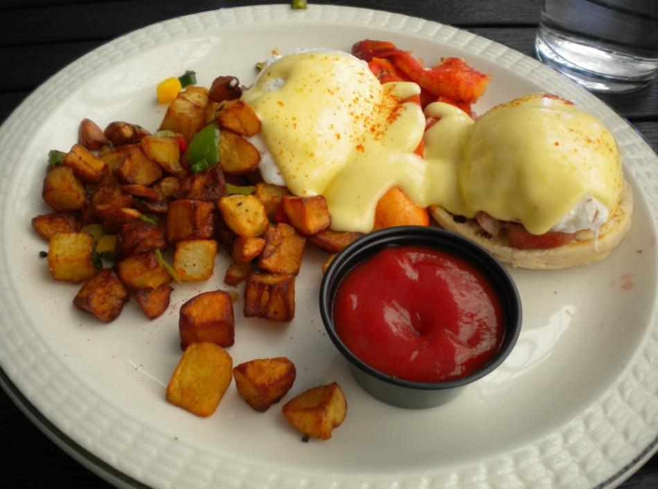 A+Nighttown+breakfast+platter.