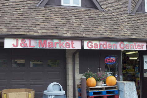 J & L Country Market Provides Seasonal Deliciousness