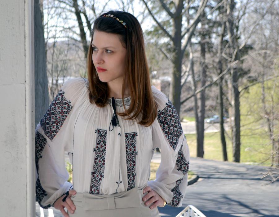 Oksana+Pelt%27s+unique+style+features+bold+accessories.