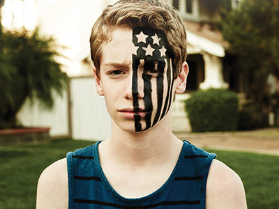 """Fall Out Boy continue triumphant return with """"American Beauty/American Psycho"""""""