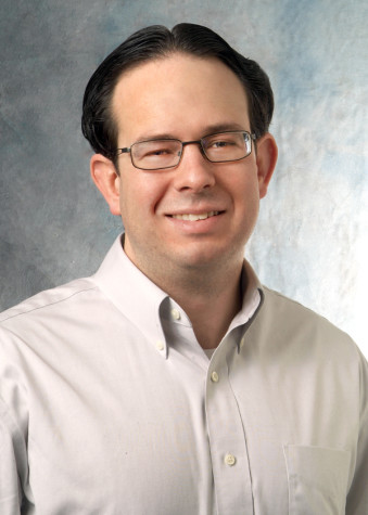 Professor develops exercise pamphlets to help patients with MS