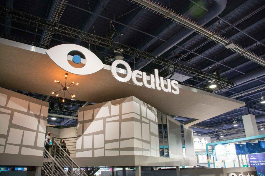 Oculus+VR%27s+latest+prototype+was+on+display+at+CES+2015