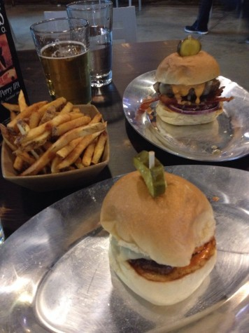 Dynomite Burgers: An Uptown delight