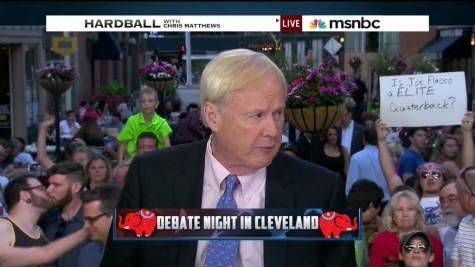 Kiss at Republican debate goes viral thanks to sports