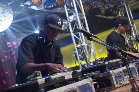 """""""Straight Outta Compton"""" flawed, but important look at rap group N.W.A."""