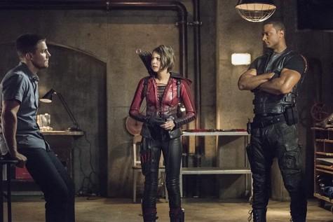 """Arrow"" fails to impress in its season four premiere"