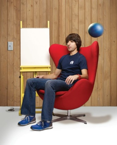 Demetri Martin announces visit to CWRU