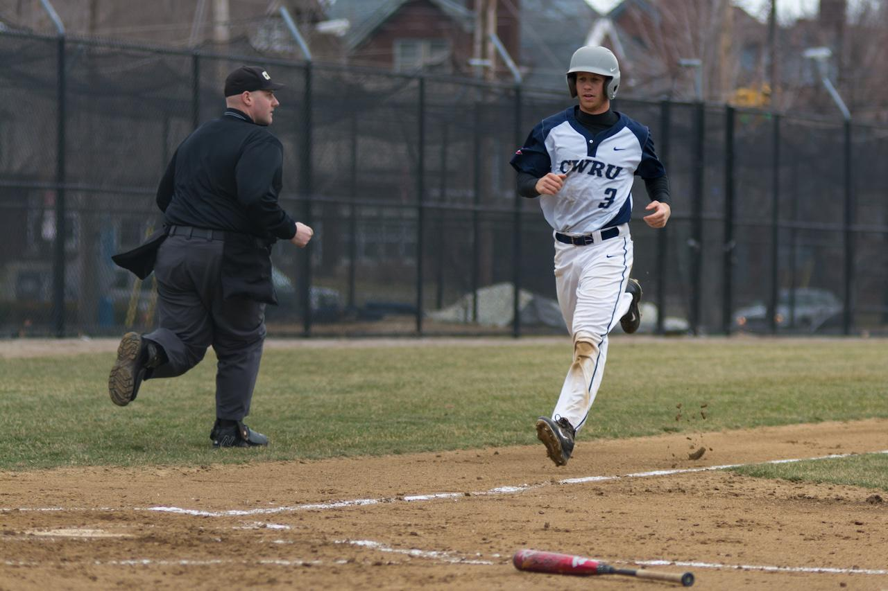 The CWRU baseball team won three games this past weekend to push their winning streak to four.