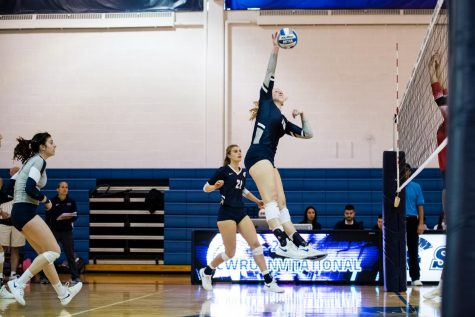 Volleyball bounces back with two wins