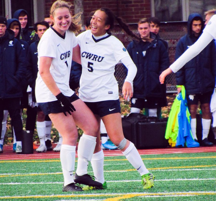 The+CWRU+women%E2%80%99s+soccer+team+finished+an+historic+season+with+a+double+overtime+loss+against+Wooster+in+penalty+kicks.+
