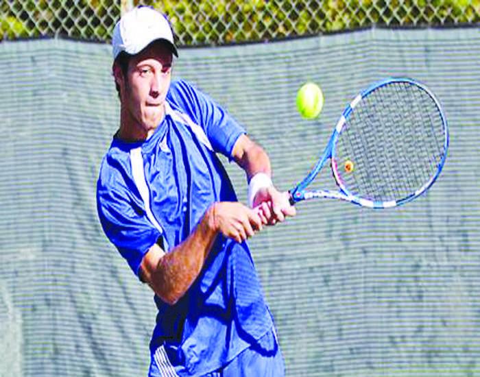 Men's tennis topples No. 17 Mary Washington on spring break