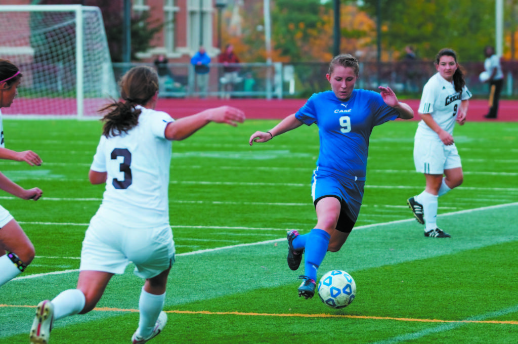 Women's soccer drops match to Yellow Jackets after early lead