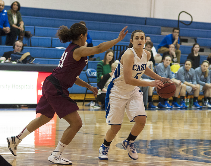 Evy Iacono was named a D3Hoops.com Honorable Mention All-American in addition to being the UAA Most Valuable Player.  Iacono led the conference in scoring and had the second highest scoring season in program history with 447 points