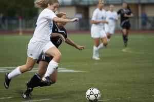 Women's Soccer Advances to 3-1