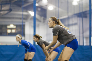Volleyball unable to best conference opponents in Round Robin 1