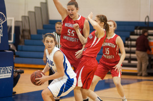 Women's basketball drops two games despite strong effort