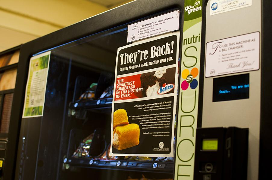 Several+vending+machines+around+campus+are+proudly+announcing+the+return+of+the+iconic%2C+spongy+yellow+cake.