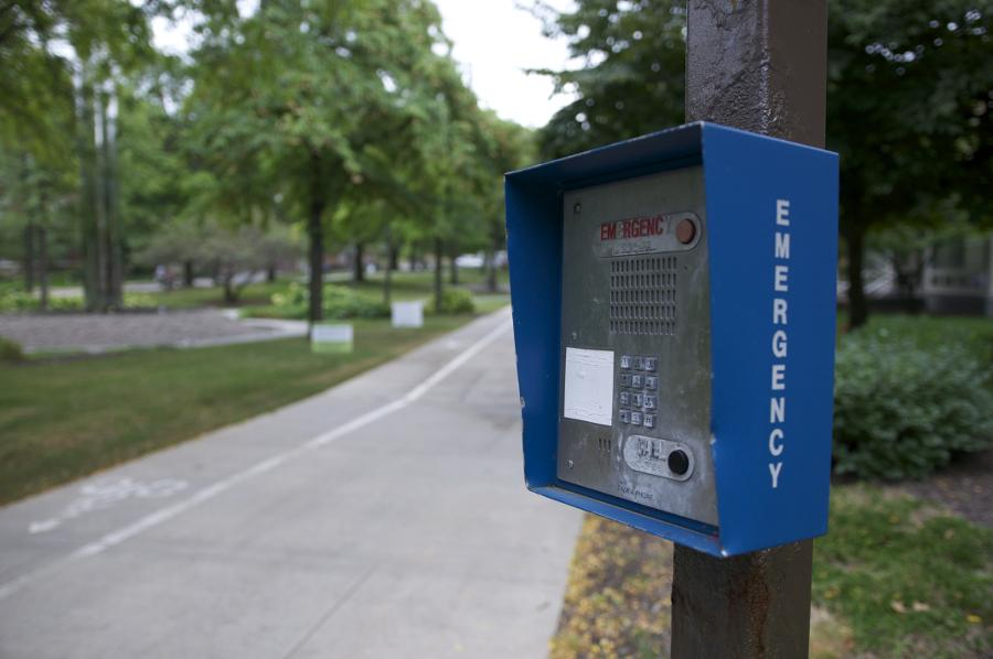 Emergency phones on campus give students a way to contact police in a crisis. Ishaan Taylor/Observer