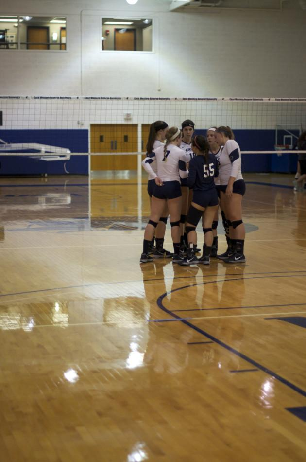 Volleyball team prepares for game last week agianst John Carroll, Spartans had second straight sweep Wednesday night agianst Baldwin Wallace.