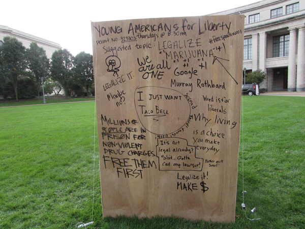 Students sound off on YAL's free speech wall
