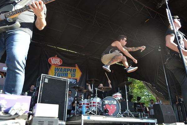 Simple Plan put on an energetic show that defined a highlight of Warped Tour 2015.
