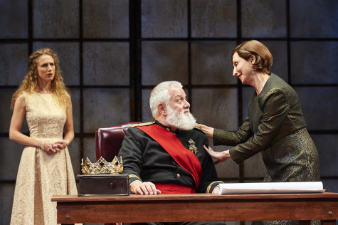 Great Lakes Theater is performing a modernized King Lear.