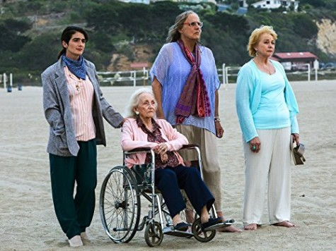 """""""Transparent"""" brings just as much complexity to its second season as its first"""