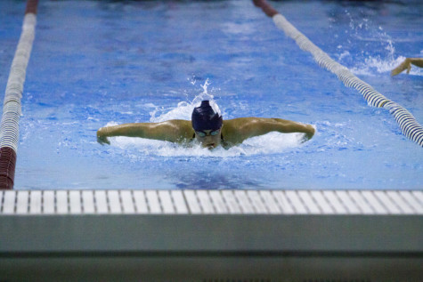 Swimming and diving looks to carry momentum into second half