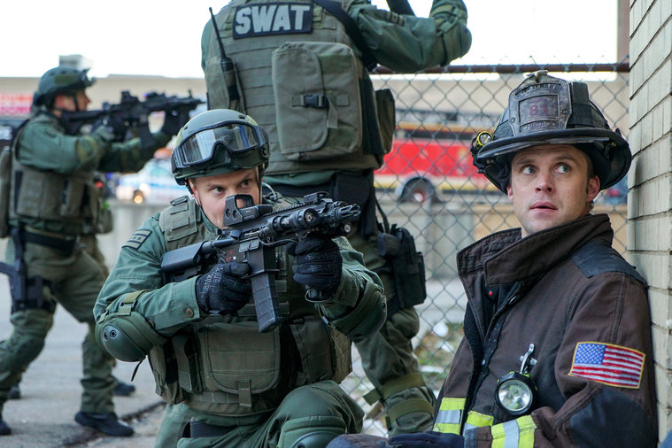 """Chicago Fire"" delivers important message on gun violence"