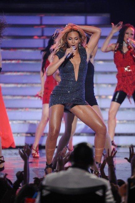 Beyoncé in American Idol in 2002.