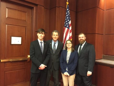 CWRU Sierra Club member lobbies for clean energy