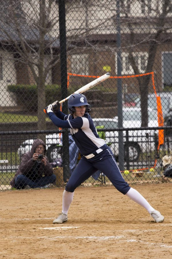The+softball+team+split+their+last+four+games+of+conference+play+and+currently+lead+the+University+Athletic+Association.+++