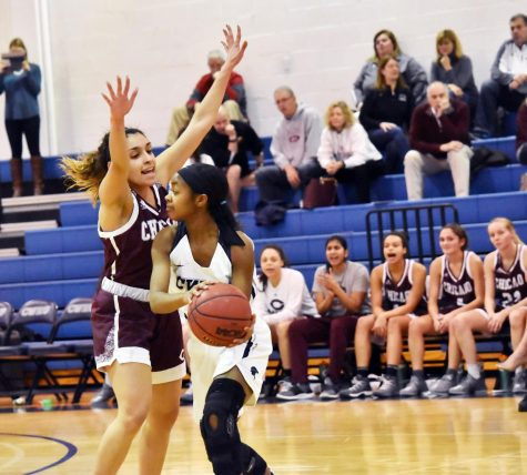 Hellmann hits 1,000 as Spartans fall again