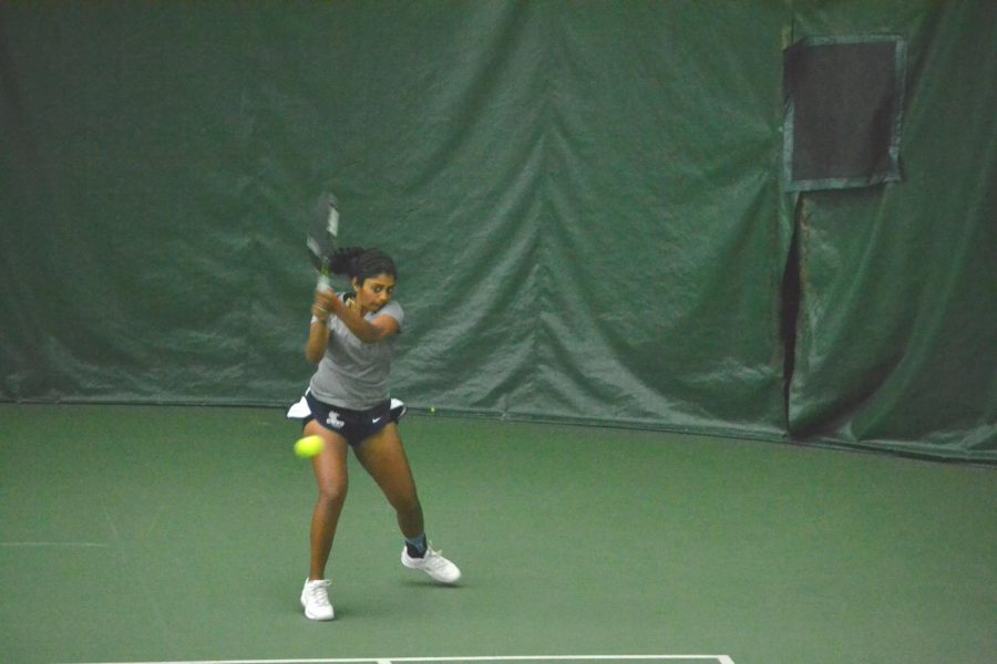 Women's tennis splits two matches this week. They faced stiff competition from a Division II school.