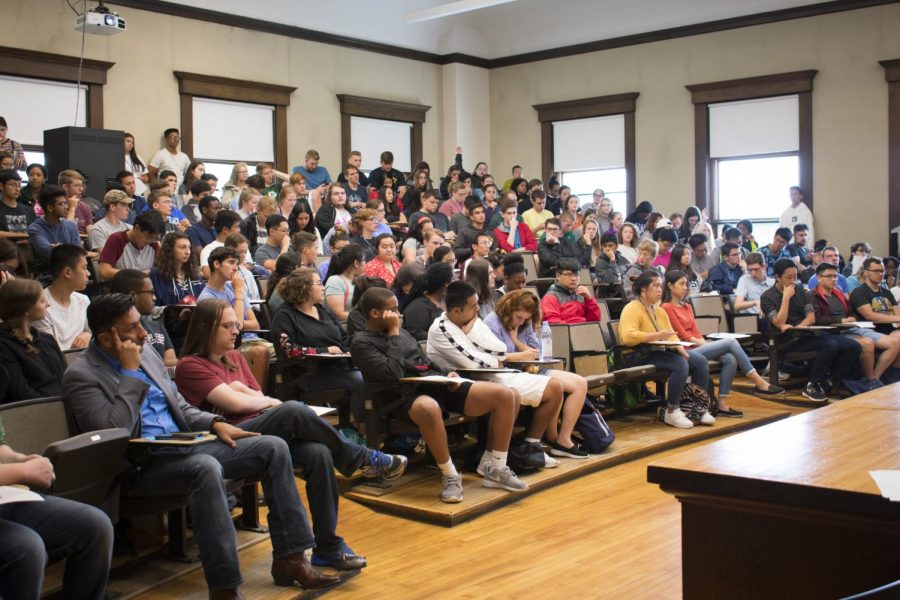 Record-breaking class size overcrowds dorms