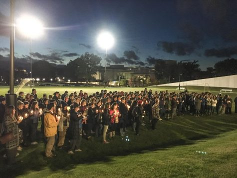 Campus holds vigil for victims of synagogue massacre