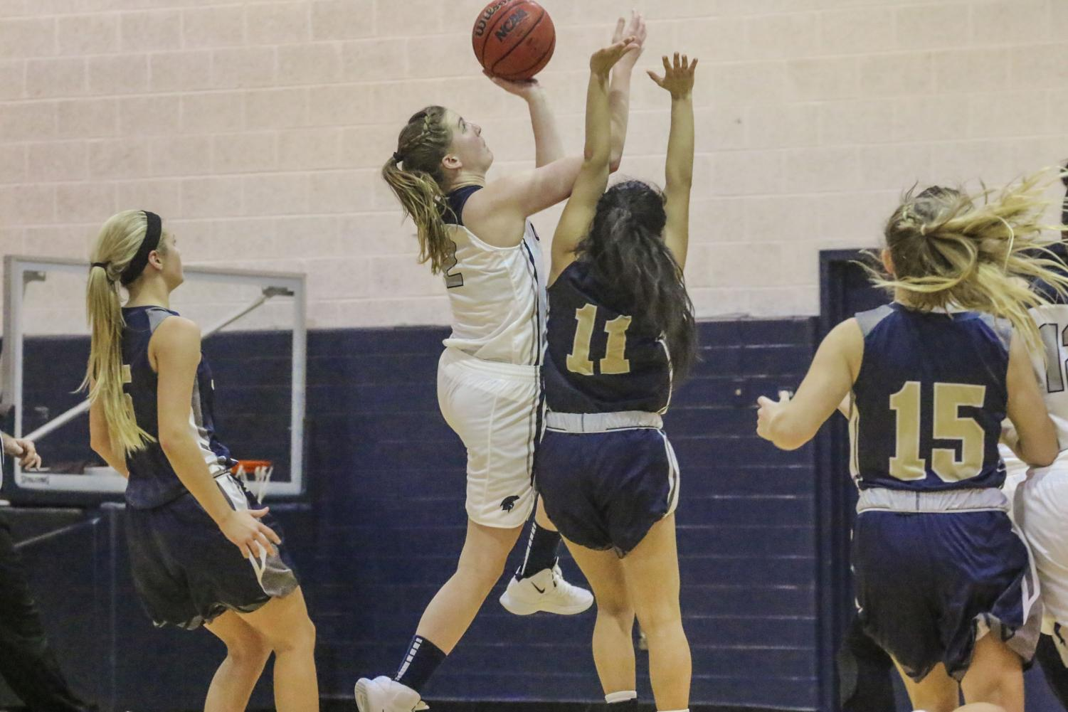 Graduate student forward Kara Hageman (2) is the second leading scorer for the Spartans this season, averaging 17 points on 50 percent shooting. After returning from an injury that derailed her season last year, she has come back to pace the Spartans to a 4-1 record.