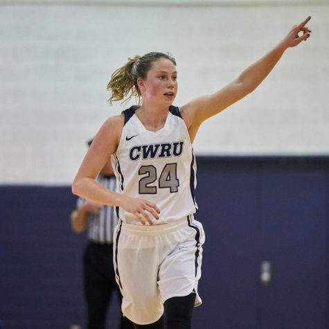Women sweep New York University, Brandeis on Throwback Weekend