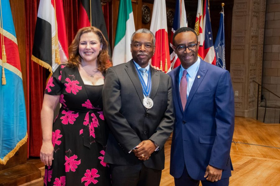 LeVar Burton recieved the Inamori Ethics Prize for his ethical leadership in the arts on Sept. 19.
