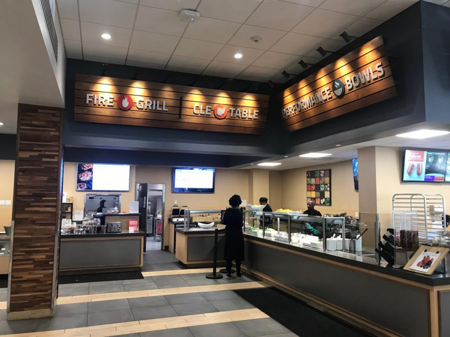 Tomlinson Marketplace offers a variety of dining options on the meal plan, including Subway, tacos, and the Performance Bowls; The Den offers student late night dining options on their meal swipe menu, great for late night study sessions at KSL or after a night of going out