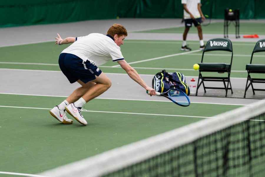 Men's tennis places well at ITA Indoor Nationals