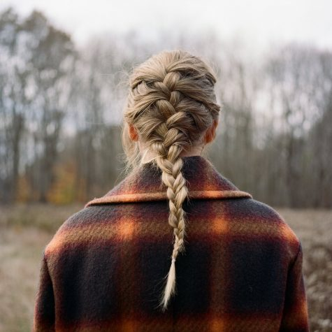 Wrap yourself up in a flannel and get ready to enjoy Taylor Swifts new album.